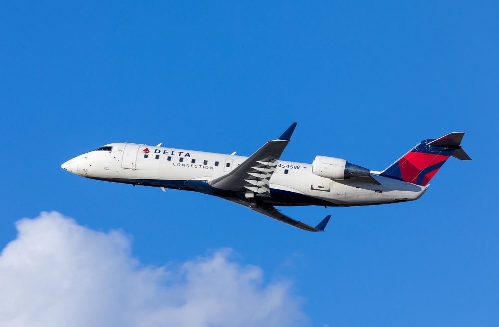 Delta Connection regional jet on short-haul flight definition