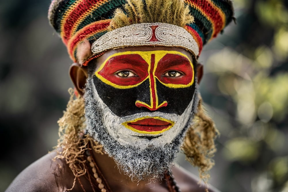 person in traditional fashion from Papua New Guinea facts